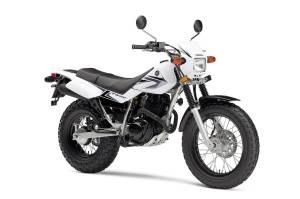08TW200_FR3-4_white