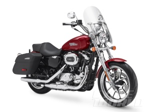 2014-Harley-Davidson-SuperLow-1200T-studio